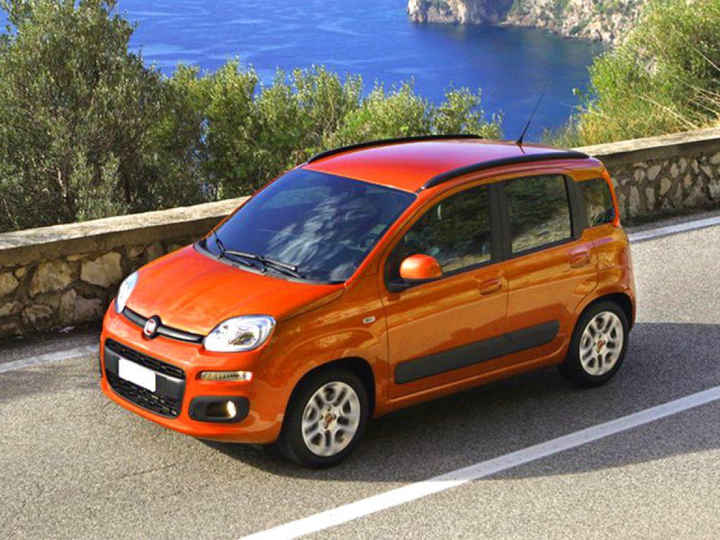 Fiat new panda 1 2 pop a benzina nuova marchi auto for Fiat panda pop accessori di serie